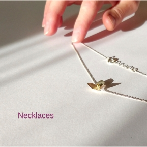 https://milakuzmenko.wordpress.com/unique-pieces/necklaces/